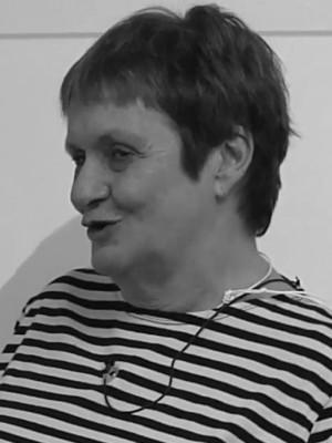 Portrait of Lesley Doyal